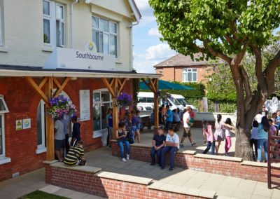 Ministays Southbourne Escuela 4